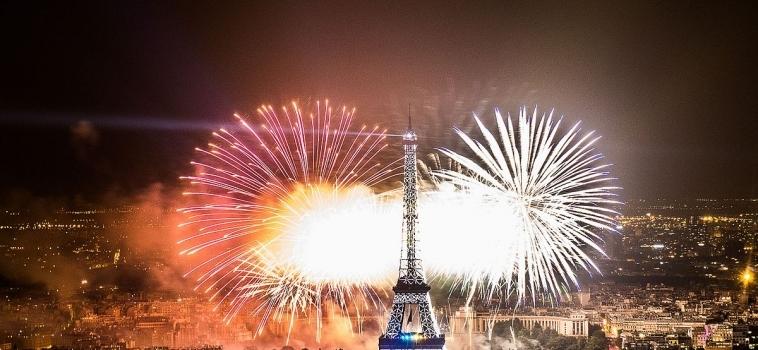 Paris en verano de fiesta en fiesta
