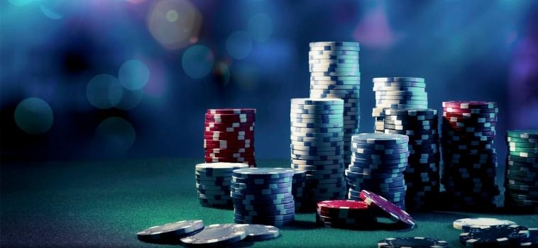 Algo se juega en los casinos