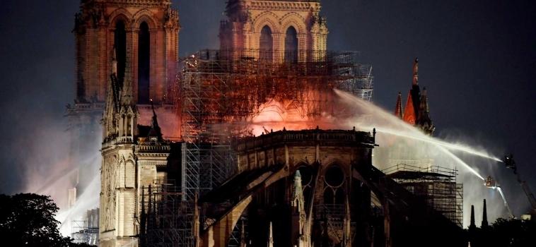 Otras maravillas del mundo destruidas como Notre Dame